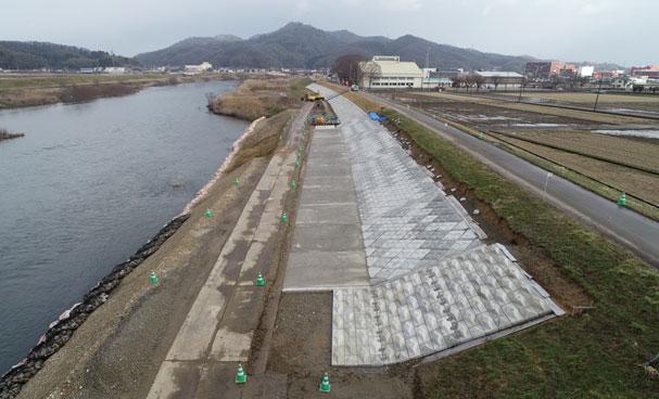 小矢部川・長江堤防強化その3工事