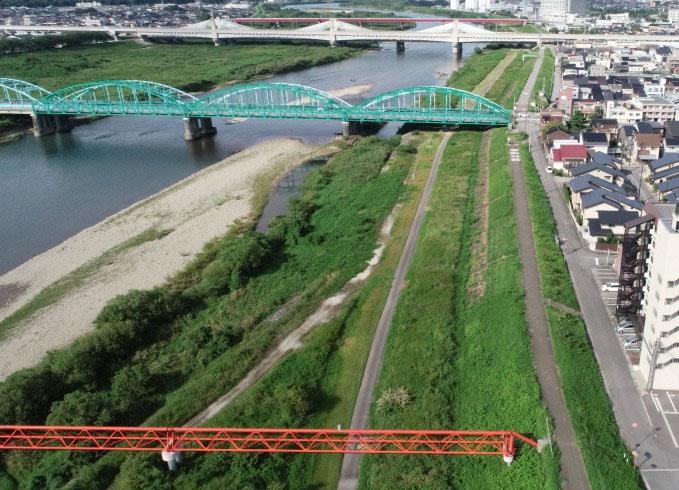 神通川・堤防強化及び河道内整備その2工事