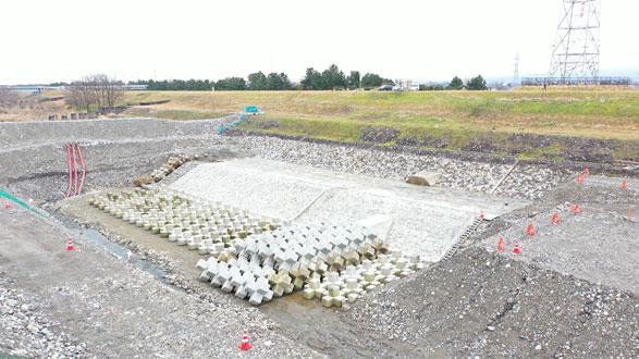 常願寺川・利田護岸その3工事